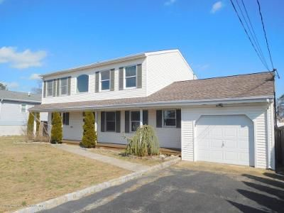 3 Bed 2.5 Bath Foreclosure Property in Brick, NJ 08723 - Club House Rd