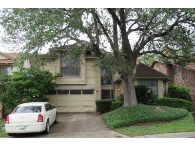 3 Bed 2 Bath Preforeclosure Property in San Antonio, TX 78247 - Misty Glade