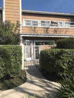 3918 Cochran Street #20 Simi Valley, Lovely Town home in the