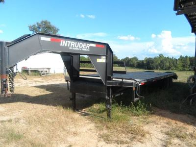 25 dovetail flatbed trailer REDUCED