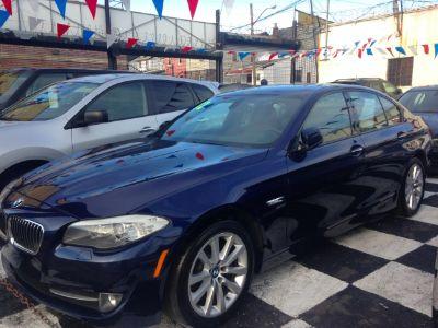 2012 BMW MDX 528i xDrive (Imperial Blue Metallic)