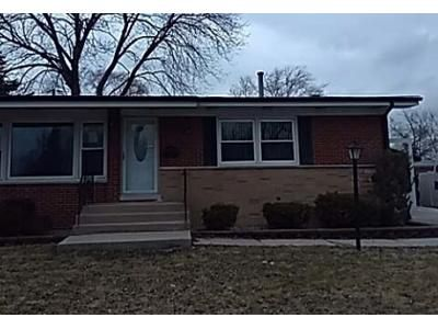 3 Bed 1 Bath Foreclosure Property in Chicago Heights, IL 60411 - Pleasant Dr
