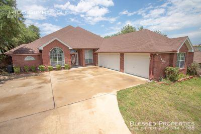 Single-family home Rental - 1405 Summer Glen