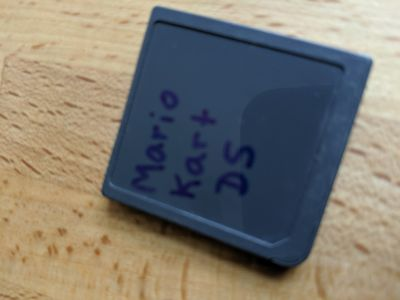 Nintendo DS Mario Kart missing lable but authentic