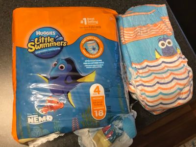 Little Swimmers size 4