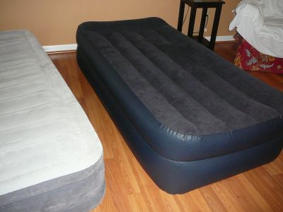 Intex heavy duty inflatable beds, electric inflate, so easy to use and comfortable