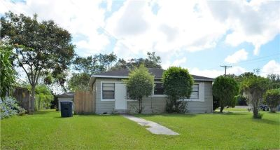 A perfect opportunity home with Attached Garage Apartment for in-law suite