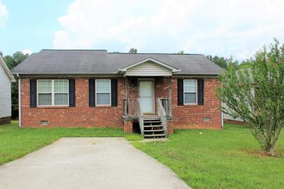 3 bedroom in High Point