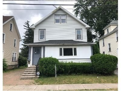 3 Bed 2 Bath Foreclosure Property in Batavia, NY 14020 - Bank St