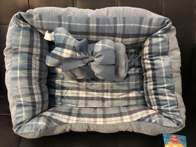 Dog Bed Set w/blanket and toy NEW