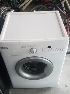 Front loader washing machine appartment size