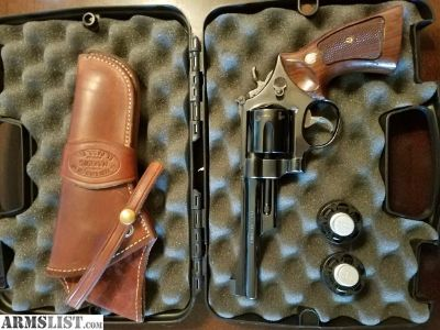 For Sale: Smith and Wesson Model 27-2 .357 Magnum