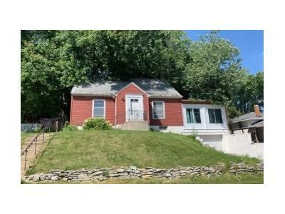 3 Bed 1 Bath Preforeclosure Property in South Saint Paul, MN 55075 - 9th Ave S