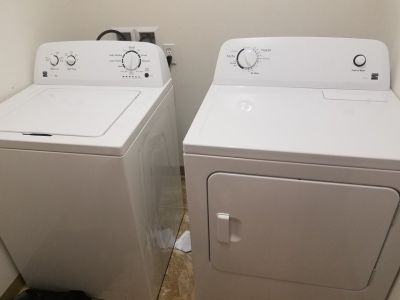 Washer and Dryer Kenmore Combo 100 Series
