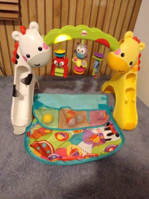 Fisher-Price activity play mat