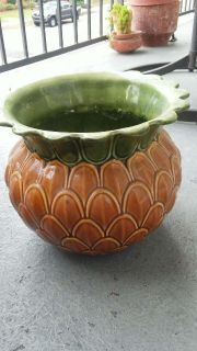 New Vintage beautiful Pineapple planter stunningly made 10x8 in