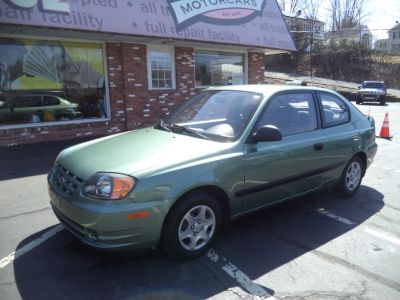 2004 Hyundai Accent Base (Glacier Blue)