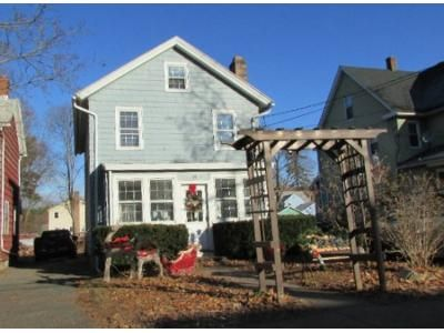3 Bed 1.5 Bath Foreclosure Property in Manchester, CT 06040 - Oak St