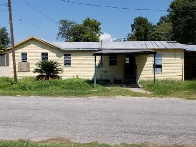 3 Bed 2 Bath Foreclosure Property in Rayne, LA 70578 - Reynolds Ave
