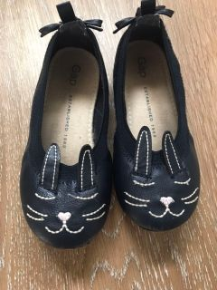 GAP bunny leather ballet flats