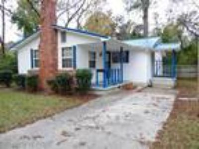 FOR RENT: Located just off I-95 near your fa...