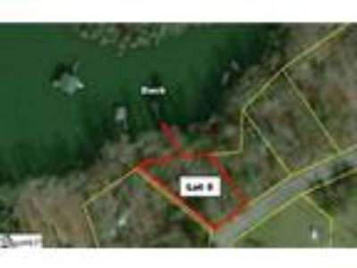 A Deep Water Cove Residential Lot on Lake Har...