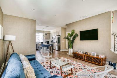 $5790 3 single-family home in San Fernando Valley