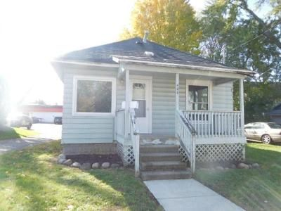 2 Bed 1 Bath Foreclosure Property in Lansing, MI 48910 - Norman St