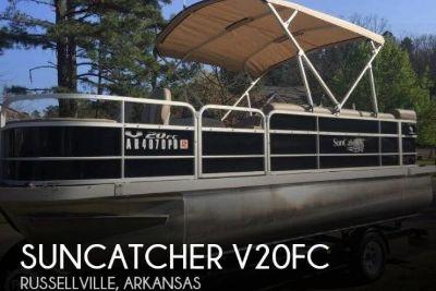 2015 Suncatcher V20FC