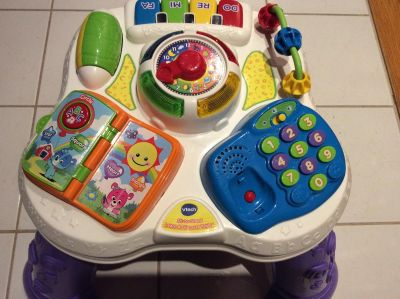 Vtech Sit-to-stand activity table