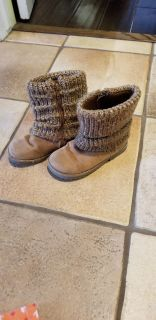 Cherokee toddler size 10 boots. Used.