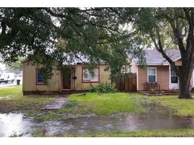 Preforeclosure Property in Nederland, TX 77627 - Avenue B