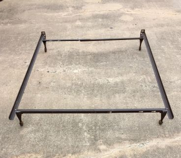 Queen size bed rails