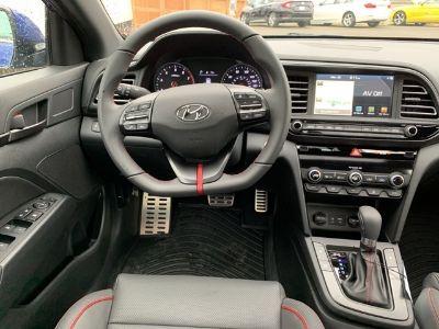 2019 Hyundai Elantra ()