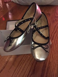 Brand new girls flats shoes size 5