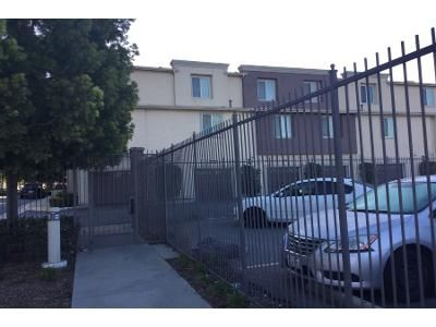 Preforeclosure Property in Compton, CA 90220 - N Willowbrook Ave Unit F-2