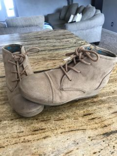 Cat & Jack Wedge Shoes (13)