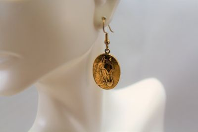 NWT Horse RODEO Barbara's Buttons Gold Tone Horse Rodeo Drop Dangle Barn Earrings Cowboy Barn Farm
