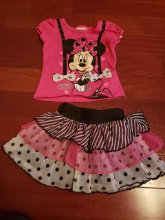 Too cute Minnie mouse shirt and skirt