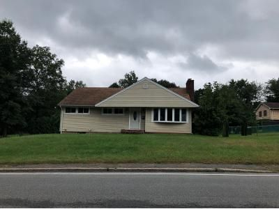 3 Bed 1 Bath Preforeclosure Property in New City, NY 10956 - Congers Rd