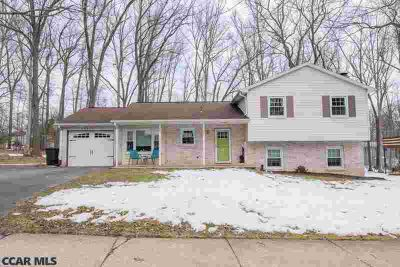 461 Canterbury Drive State College Three BR, OPEN HOUSE SUNDAY