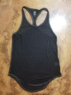 So Perfect Active tank size M
