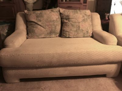White Couch & Love Seat