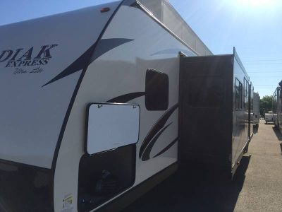 2017 Dutchmen Kodiak Ultra Lite 299BHSL