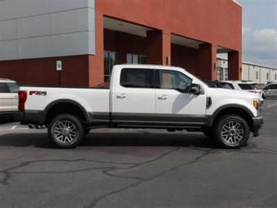 2018 Ford Super Duty F-250 SRW King Ranch 4WD Crew Cab 6.75' (White)