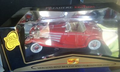Die cast collectable cars from 1902 to 1989