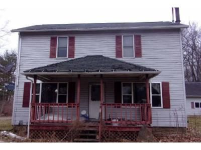 3 Bed 1.5 Bath Foreclosure Property in Crown, PA 16220 - Double J Lane
