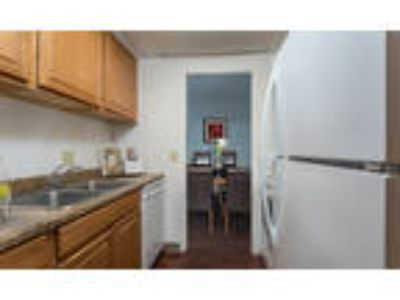 Park Guilderland Apartments - Two BR, One BA 962 sq. ft.