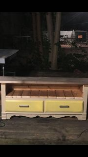 Bench/tv stand