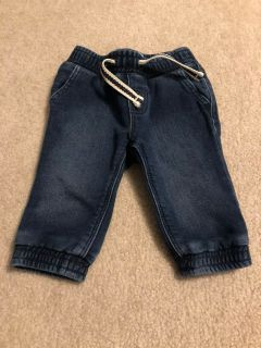 Baby Gap jeans (3-6m)